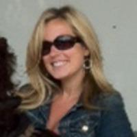 Sarah Pavia