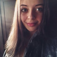 Ariella Burton